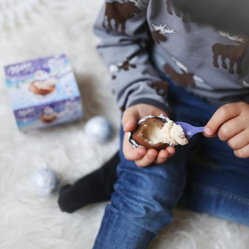 Milka Christmas Snowballs Oreo